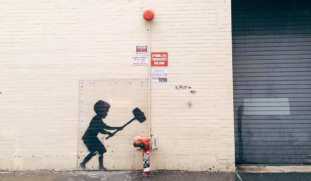 Banksy reaparece en la prisión de Reading
