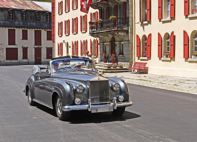 Hermès y Rolls-Royce traen un transporte único y elegante